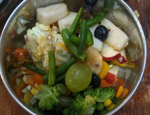 Corn and Lima Bean Omelet with Fruit Salad & Mixed Veggies
