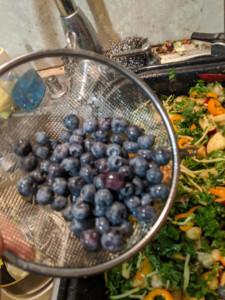 Sweet Pepper Kale Fruit Salad w Mix Veggies